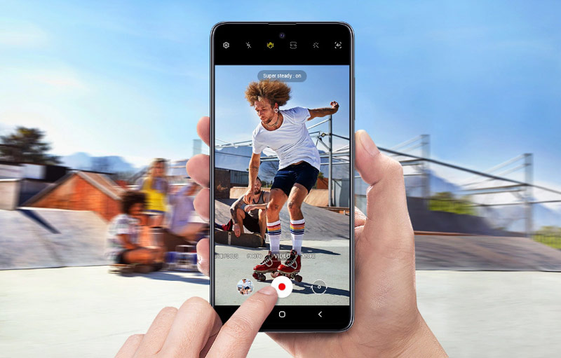 طراحی گوشی سامسونگ گلکسی A51 ظرفیت 128 گیگابایت