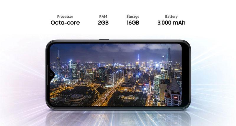 صفحه نمایش گوشی سامسونگ گلکسی A01 ظرفیت 16 گیگابایت
